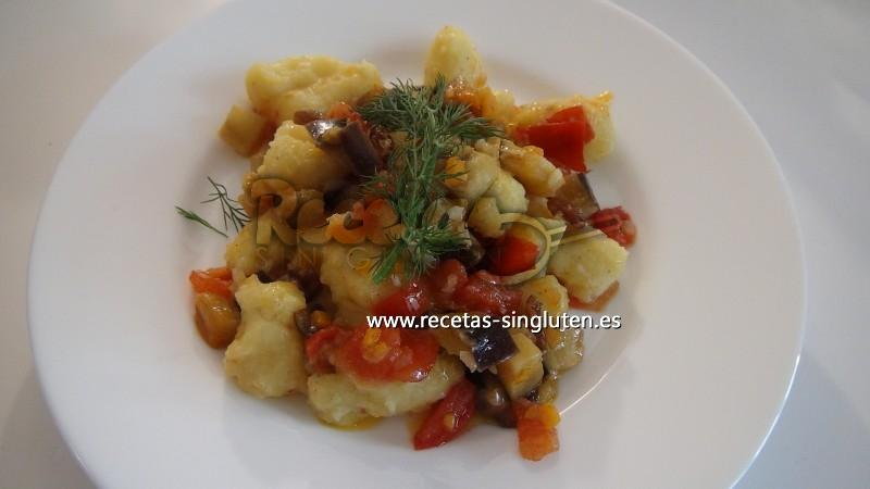 ñoquis De Patatas Con Salsa Vegetariana